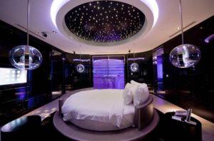Love Hotel 31
